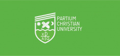 Logo of Partium Christian University (English, green)